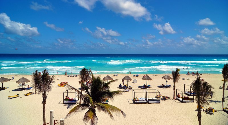 Oasis Cancun Lite Last Moment Vacations
